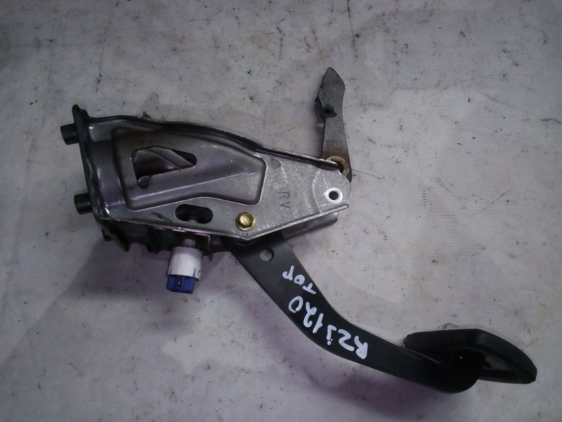Педаль тормоза Toyota Land Cruiser Prado RZJ120 3RZ-FE 2002.10 (б/у)
