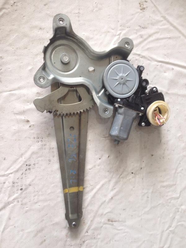 Стеклоподъемник Toyota Blade AZE156 задний левый (б/у)