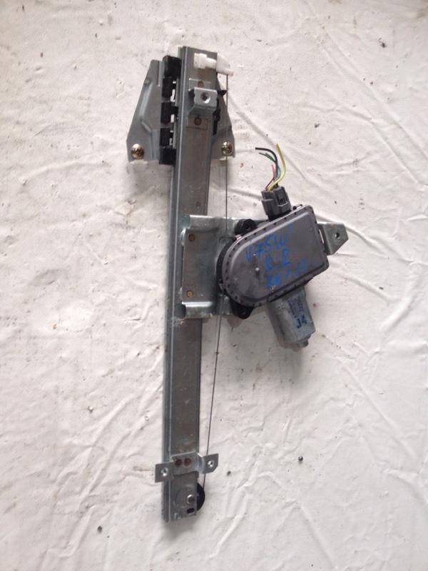 Стеклоподъемник Mitsubishi Pajero V75W задний правый (б/у)