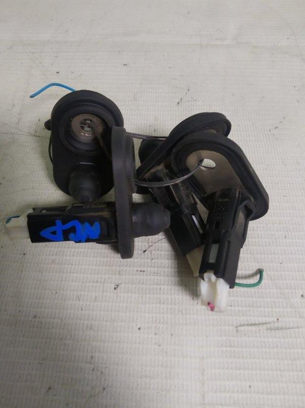 Выключатель концевой Toyota Belta NCP96 2NZ-FE 2007.02 (б/у)