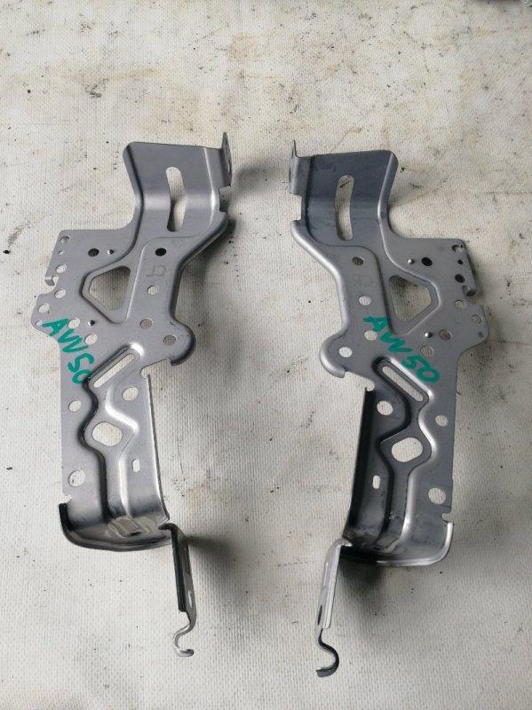 Крепление магнитофона Toyota Camry AVV50 2AR-FXE 2012.03 (б/у)