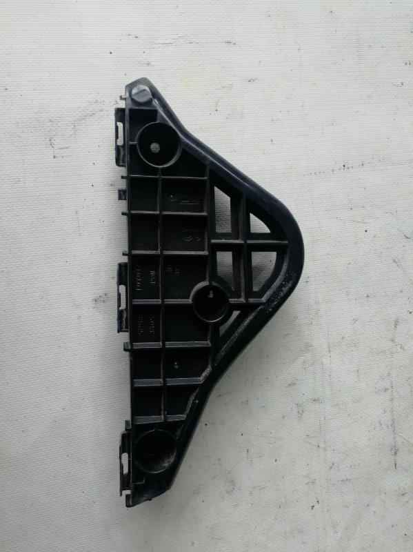 Крепление бампера Toyota Camry AVV50 2AR-FXE 2012.03 переднее правое (б/у)