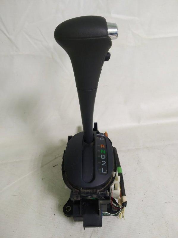 Ручка кпп Toyota Vitz NCP15 1NZ-FE 2000.02 (б/у)
