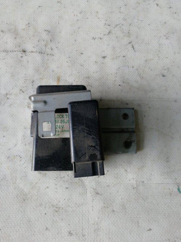 Блок управления дверьми Nissan Safari WRGY60 TD42 1992.03 (б/у)