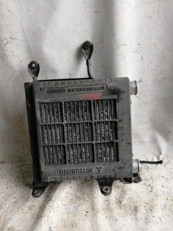 Радиатор интеркулера Mitsubishi Delica PE8W 4M40 (б/у)