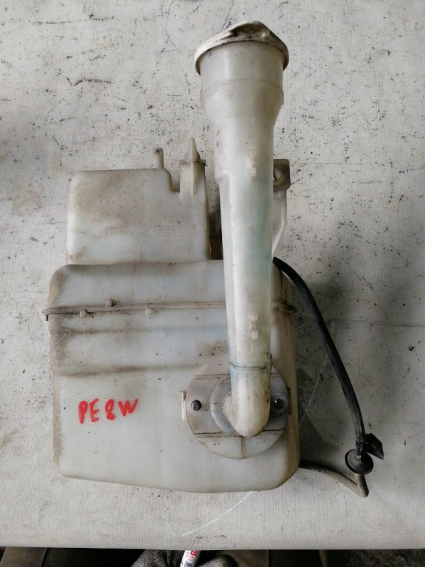 Бачок омывателя Mitsubishi Delica PE8W 4M40 (б/у)