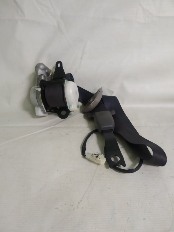 Ремень безопасности Toyota Corona Premio ST215 2001.05 передний правый (б/у)