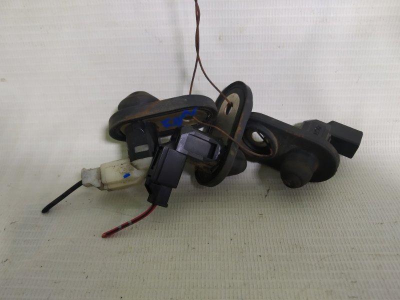 Выключатель концевой Toyota Hiace KDH205 2KD-FTV (б/у)