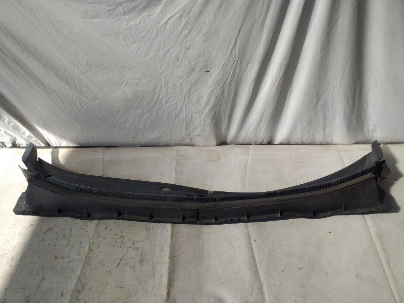 Решетка под лобовое стекло Mitsubishi Outlander CW5W (б/у)