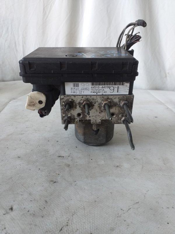 Блок abs Toyota Ipsum SXM15 3S-FE (б/у)