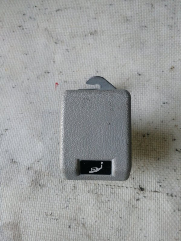 Ручка открывания бензобака Mitsubishi Delica PE8W 4M40 (б/у)