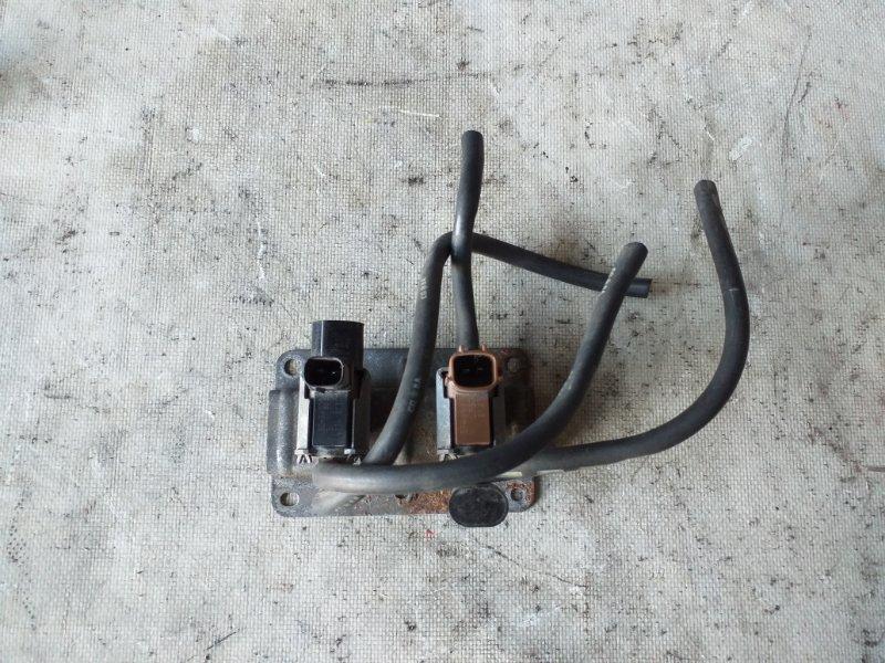 Клапан вакуумный Mitsubishi Delica PE8W 4M40 1999 (б/у)
