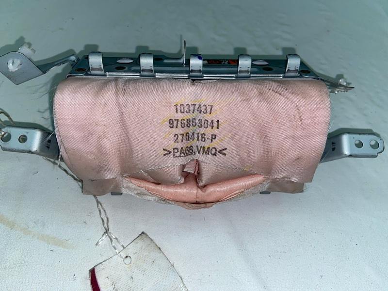 Airbag пассажирский Lexus Is250 GSE25 4GR передний (б/у)