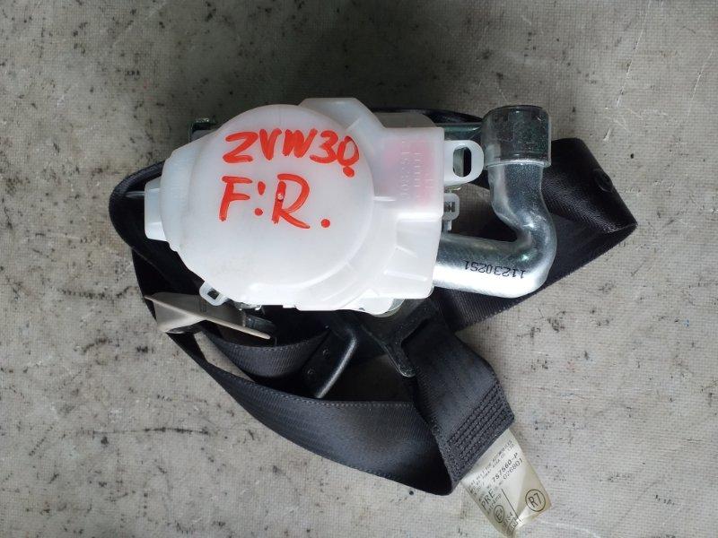 Ремень безопасности Toyota Prius ZVW30 2ZR-FXE 2012.03 передний правый (б/у)