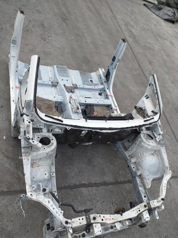 Половина кузова Toyota Prius ZVW30 2ZR-FXE 2012.03 передняя (б/у)