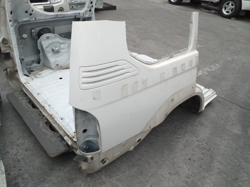 Половина кузова Toyota Land Cruiser Prado KZJ95 1KZTE 1997.09 задняя (б/у)
