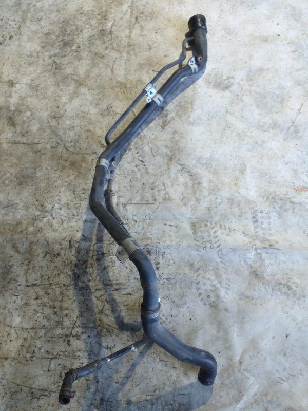 Заливная горловина топливного бака Toyota Voxy AZR65 1AZ-FSE 2007.02 (б/у)
