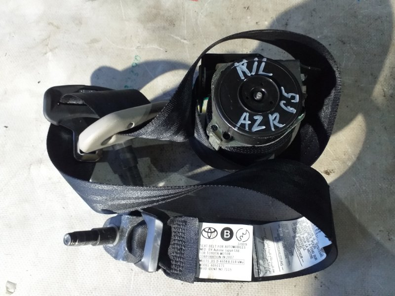 Ремень безопасности Toyota Voxy AZR65 1AZ-FSE 2007.02 задний левый (б/у)