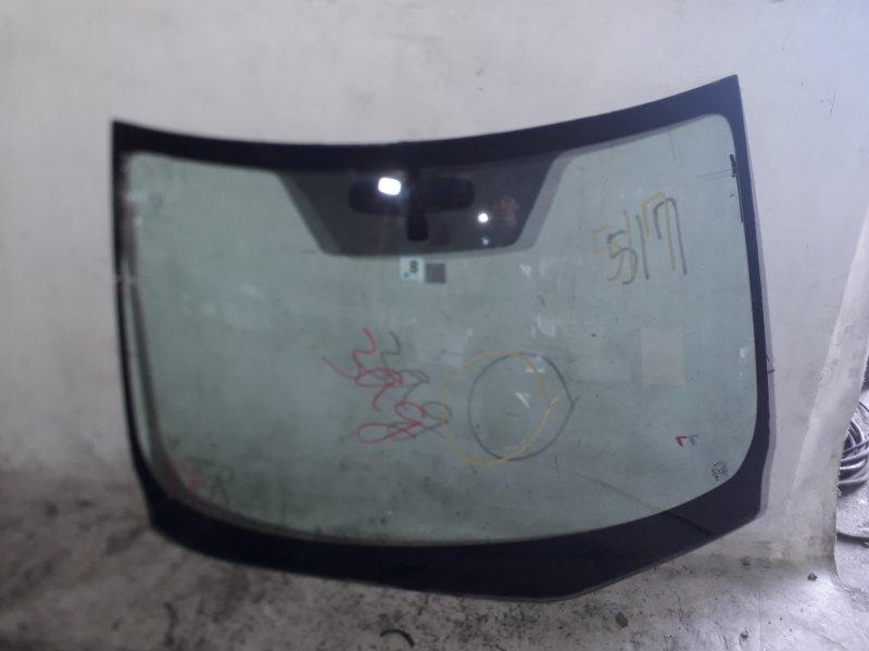 Стекло лобовое Nissan Sylphy TB17 MRA8DE 2013 переднее (б/у)