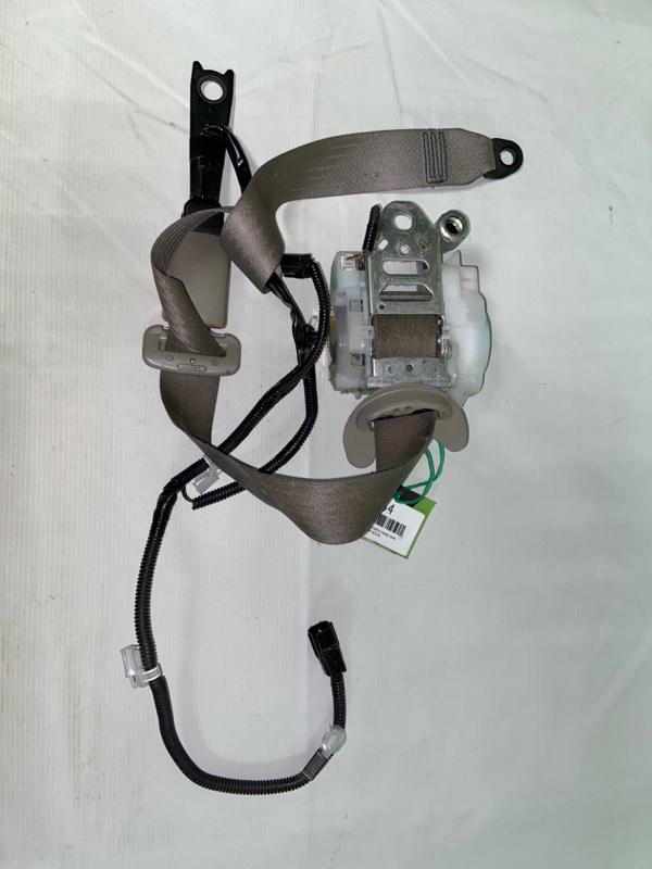 Ремень безопасности Toyota Camry ACV40 передний правый (б/у)