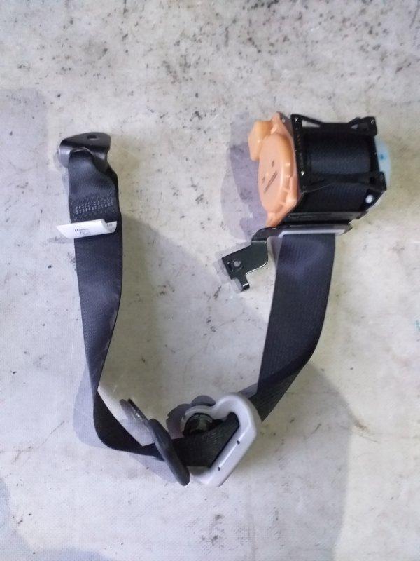 Ремень безопасности Honda Fit GP6 LEB 2014 задний правый (б/у)