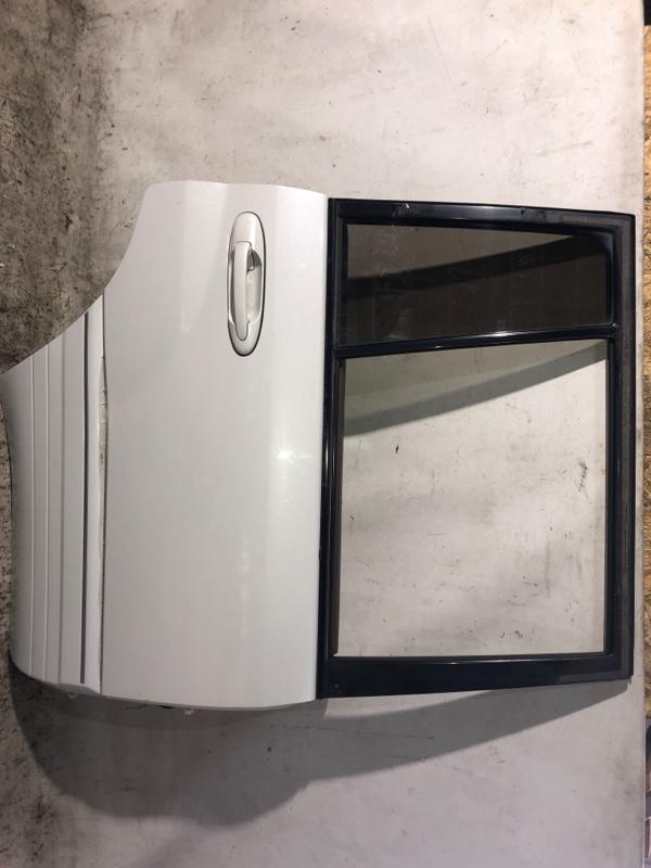 Дверь боковая Toyota Land Cruiser HDJ101 1HDFTE 2001.04 задняя правая (б/у)