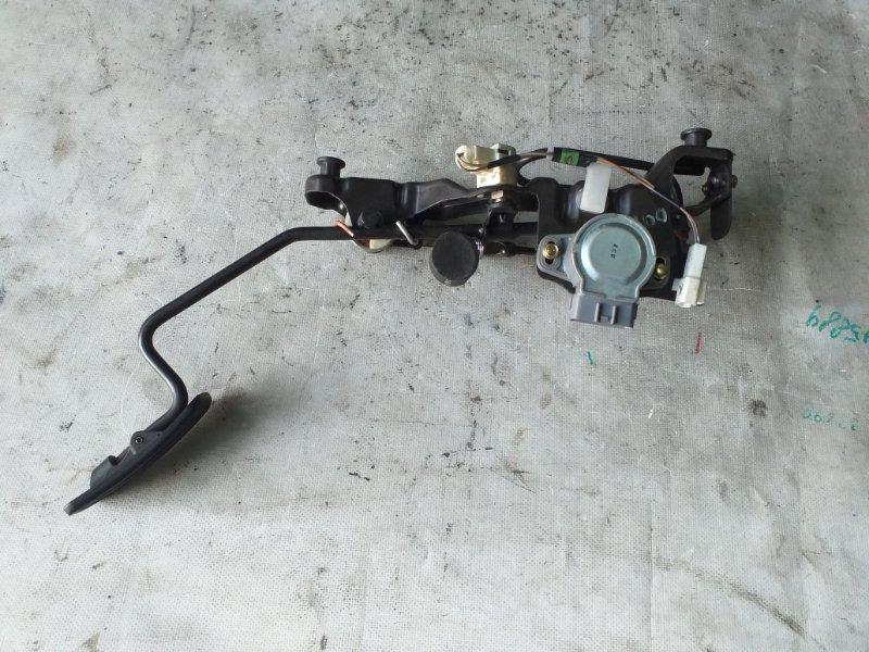 Педаль газа Toyota Land Cruiser HDJ101 1HDFTE 2001.04 (б/у)