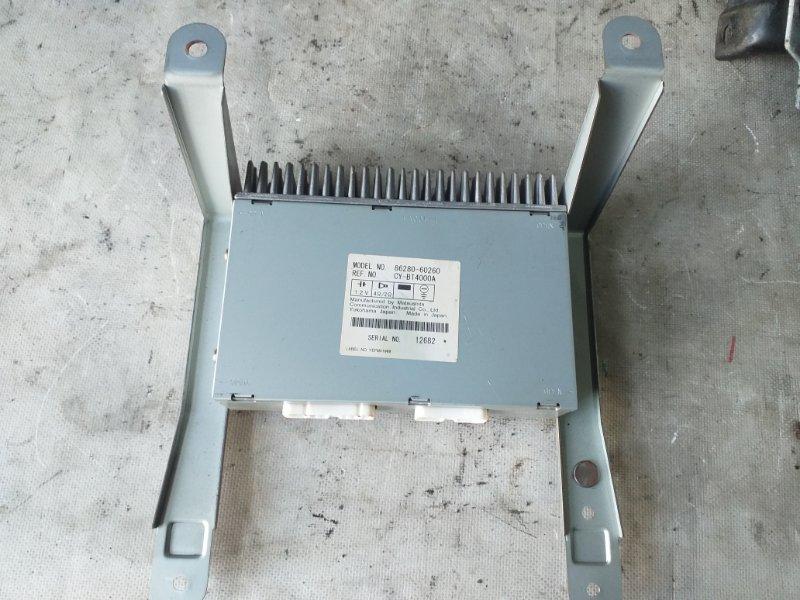 Усилитель магнитофона Toyota Land Cruiser HDJ101 1HDFTE 2001.04 (б/у)