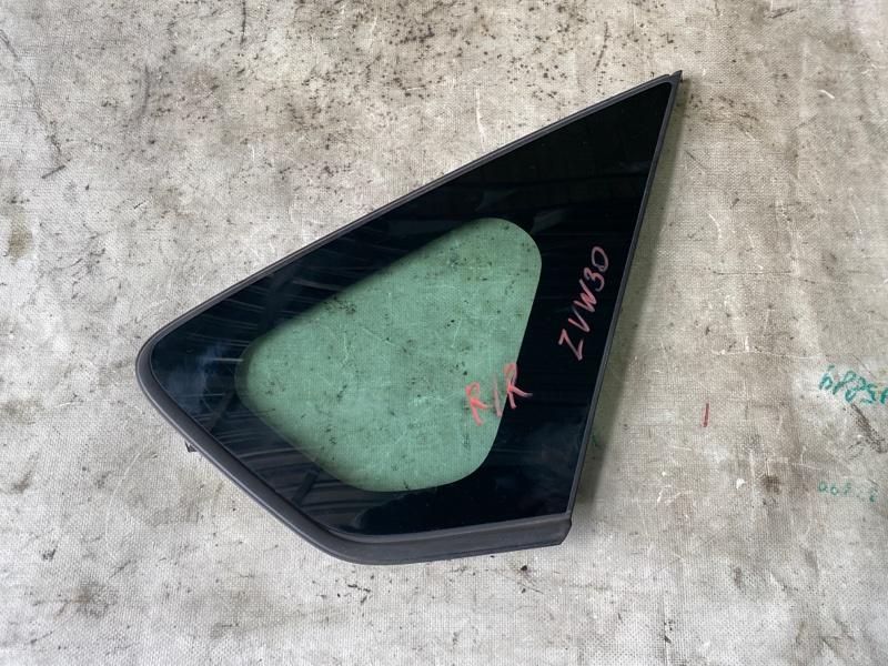 Стекло багажника Toyota Prius ZVW30 2ZR-FXE 2013 заднее правое (б/у)