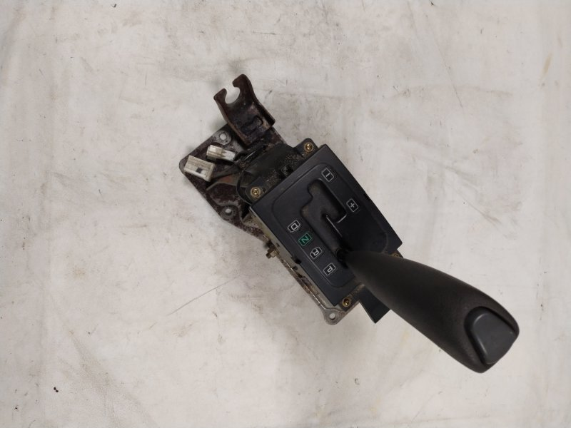 Ручка кпп Mitsubishi Pajero V45W 6G74 1997.11 (б/у)