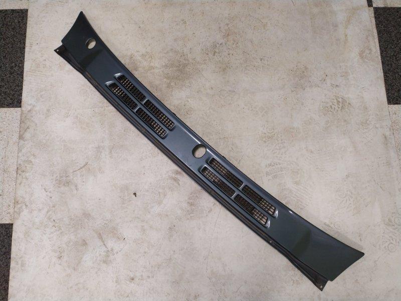 Решетка под лобовое стекло Mitsubishi Pajero V45W 6G74 1997.11 (б/у)