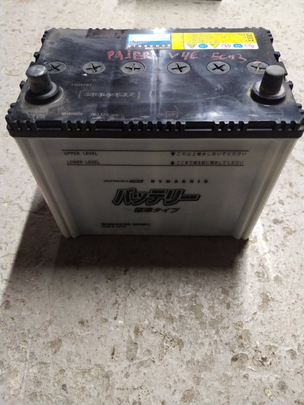 Аккумулятор Mitsubishi Pajero V46W 4M40 1996 (б/у)