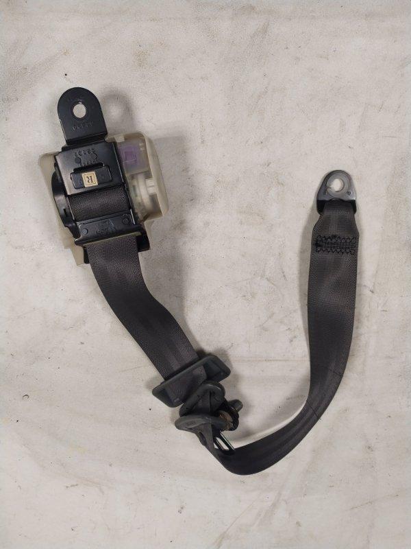 Ремень безопасности Mitsubishi Pajero V45W 6G74 1997.11 задний правый (б/у)