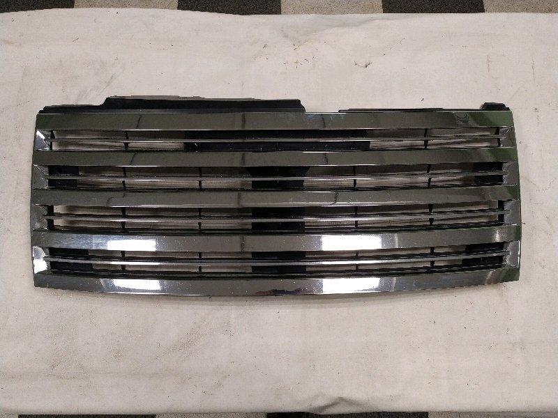Решетка радиатора Nissan Elgrand E51 VQ35 02.2004 (б/у)