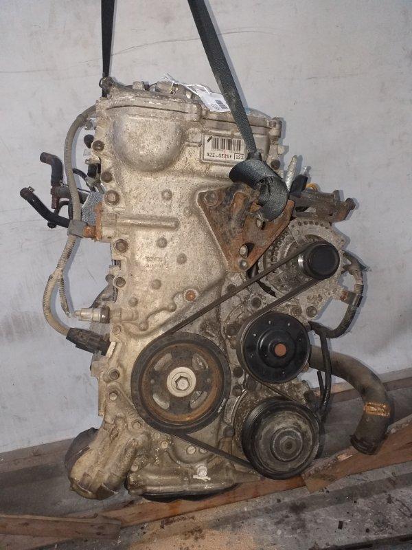 Двигатель Toyota Premio ZRT265 2ZR-FAE 2011.04 (б/у)
