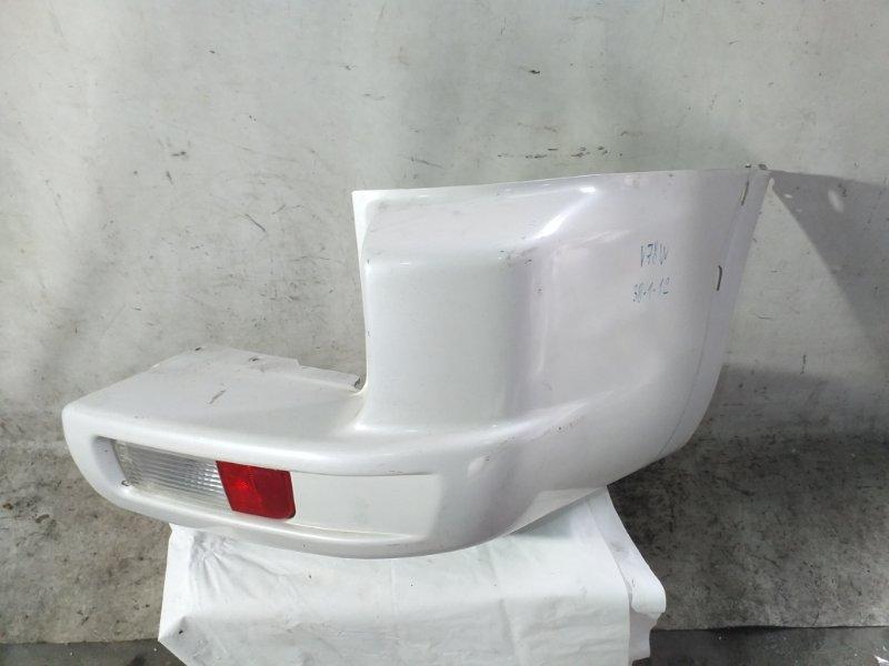 Клык бампера Mitsubishi Pajero V78W задний правый (б/у)