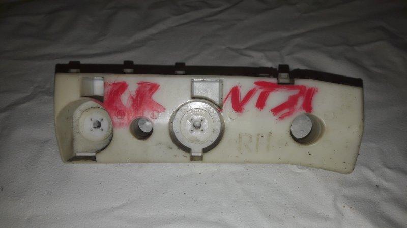 Крепление бампера Nissan X-Trail NT31 заднее правое (б/у)