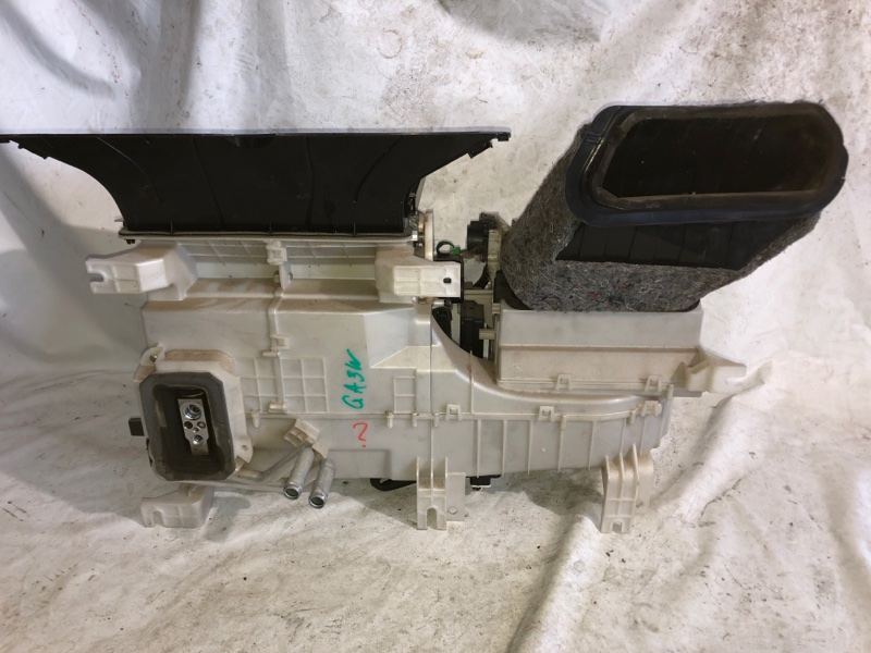 Корпус моторчика печки Mitsubishi Rvr GA3W 4B10 (б/у)