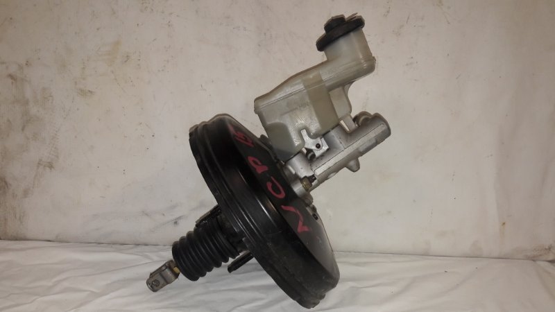 Главный тормозной цилиндр Toyota Vitz NCP15 (б/у)