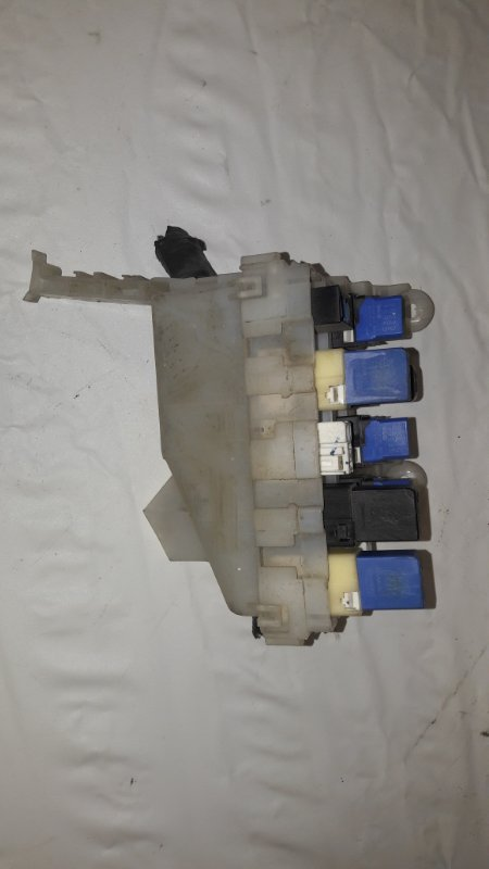 Блок предохранителей Nissan X-Trail NT30 (б/у)