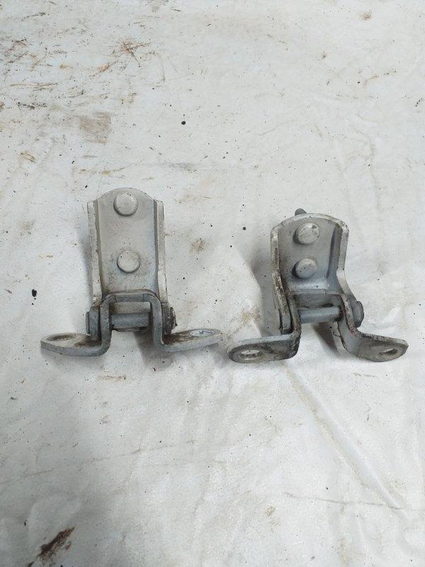 Петли на дверь Toyota Hilux Surf KDN185 задние левые (б/у)