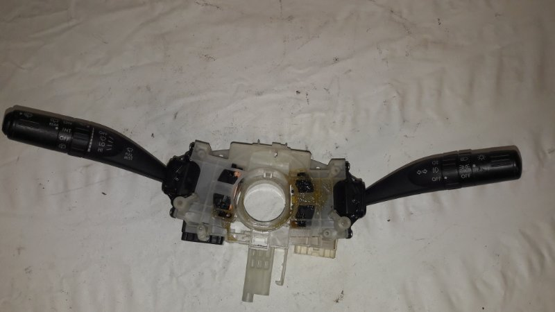 Блок подрулевых переключателей Subaru Forester SH5 (б/у)