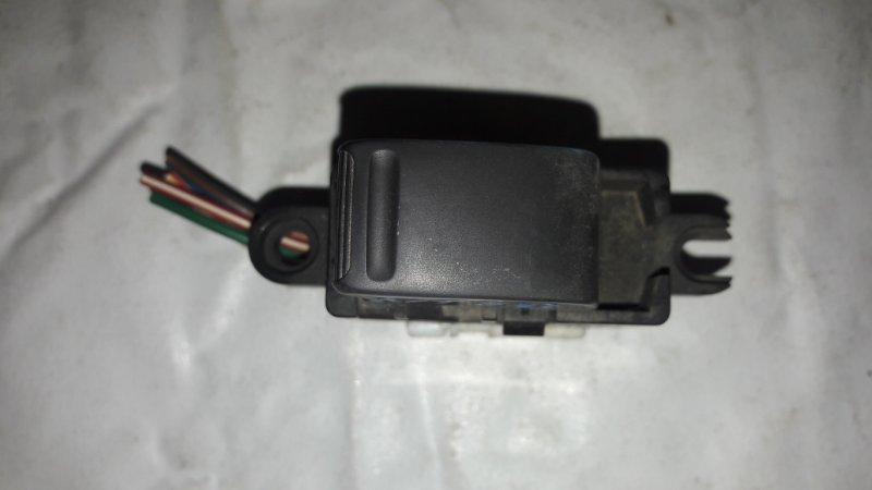 Блок управления стеклоподъемниками Nissan X-Trail NT30 передний левый (б/у)