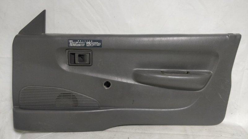 Обшивка дверей Toyota Town Ace CM85 3CE передняя правая (б/у)