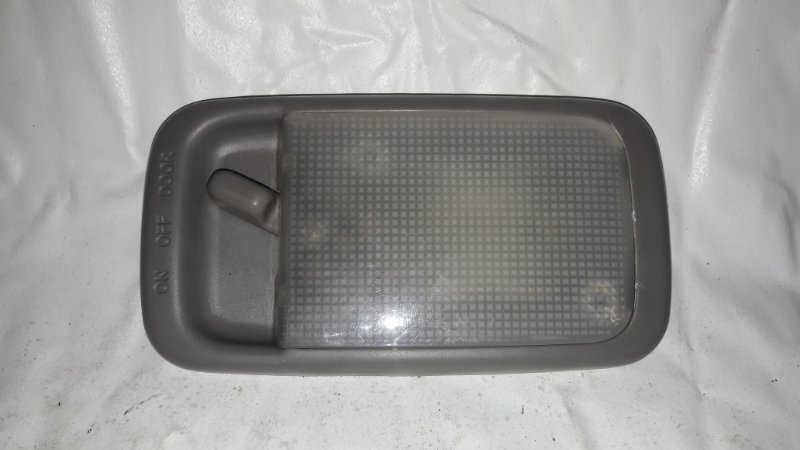 Светильник салона Toyota Hilux Surf KDN185 (б/у)