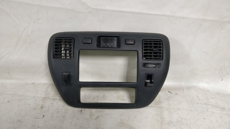 Консоль магнитофона Toyota Town Ace CM85 3CE (б/у)