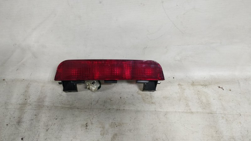 Стоп-сигнал в салоне Mitsubishi Pajero V78W (б/у)