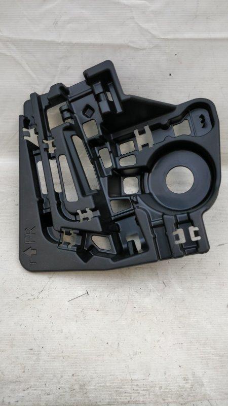 Ящик под инструменты Toyota Prius ZVW30 2ZR-FXE 2013.02 (б/у)