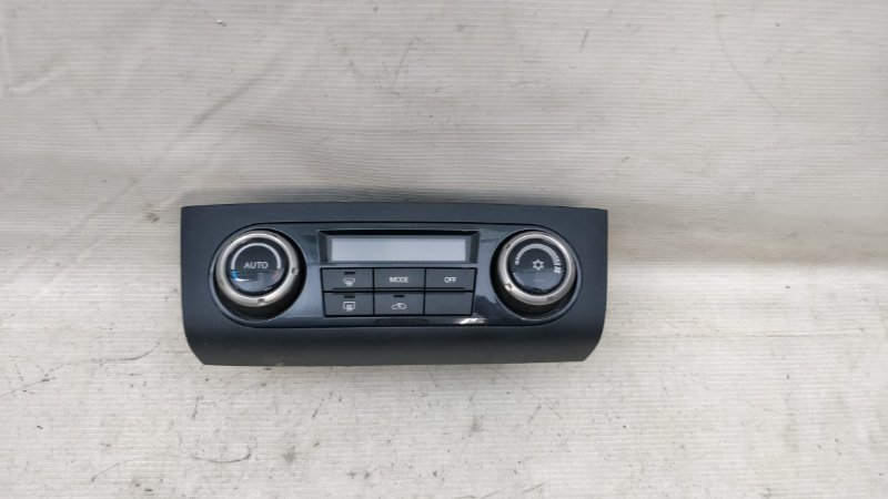 Блок управления климат-контролем Mitsubishi Pajero V93W 6G72 2009.04 (б/у)