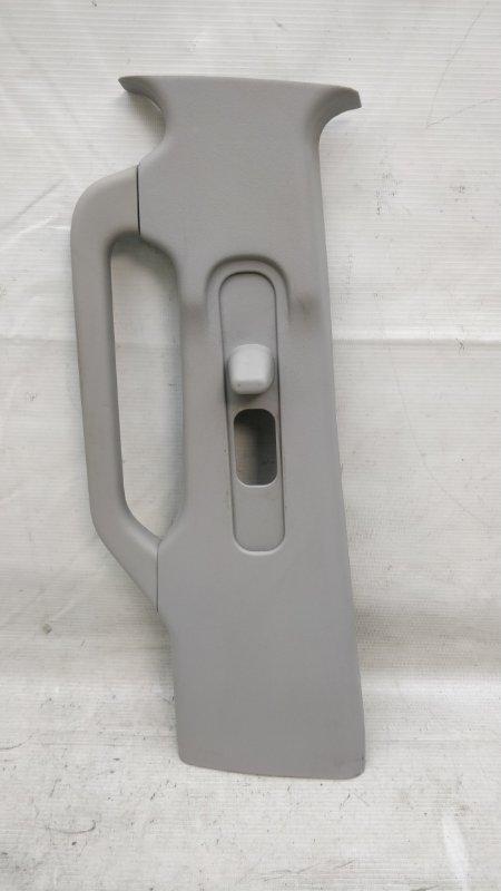 Обшивка стойки кузова Mitsubishi Pajero V93W 6G72 2009.04 левая (б/у)